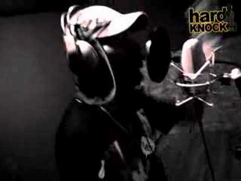 Exclusive Del Tha Funky Homosapien Freestyle Hard Knock TV